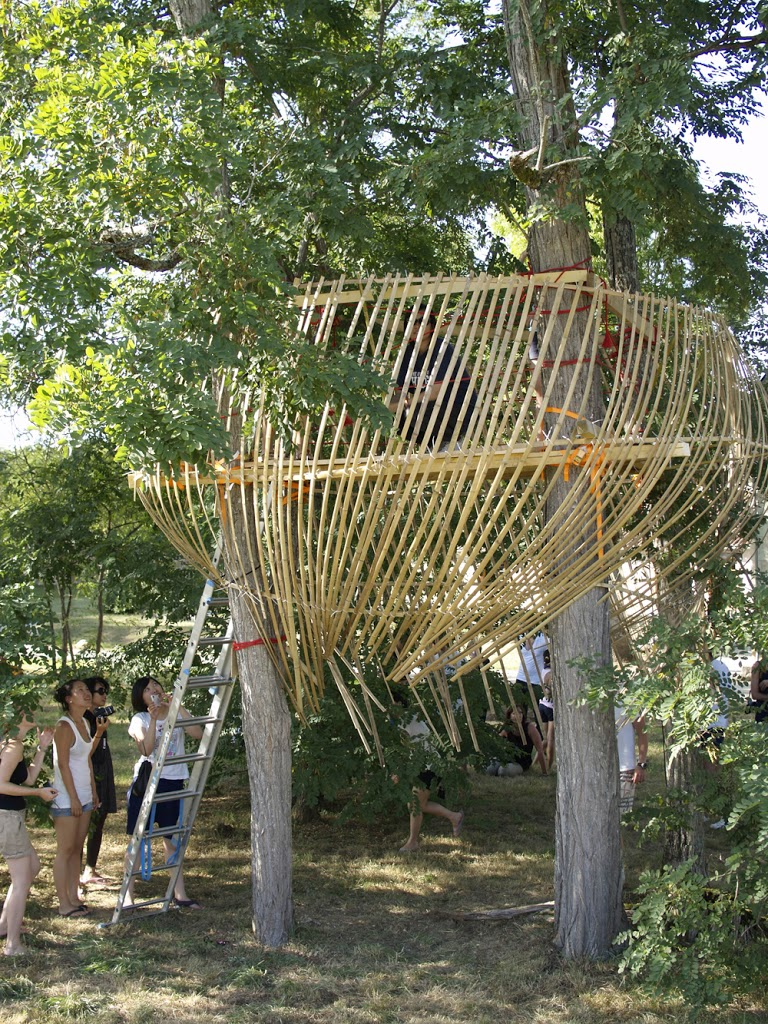 construire une cabane ii dans les arbres toysfab. Black Bedroom Furniture Sets. Home Design Ideas