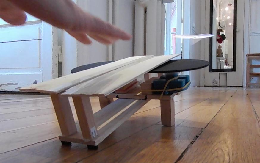 fabriquer un lanceur d avion en papier toysfab. Black Bedroom Furniture Sets. Home Design Ideas