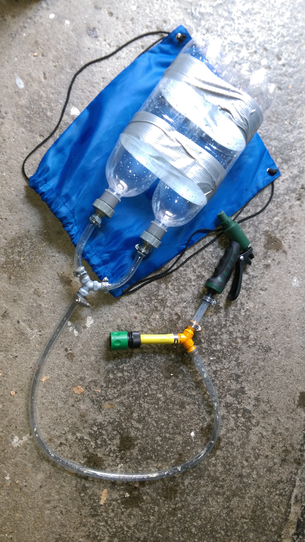 fabriquer un pistolet eau recharge automatique pistolet air comprim toysfab. Black Bedroom Furniture Sets. Home Design Ideas