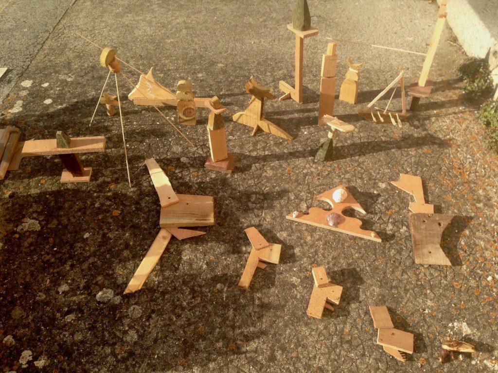 inspiration sculptures en r cup de chutes de bois ou d. Black Bedroom Furniture Sets. Home Design Ideas